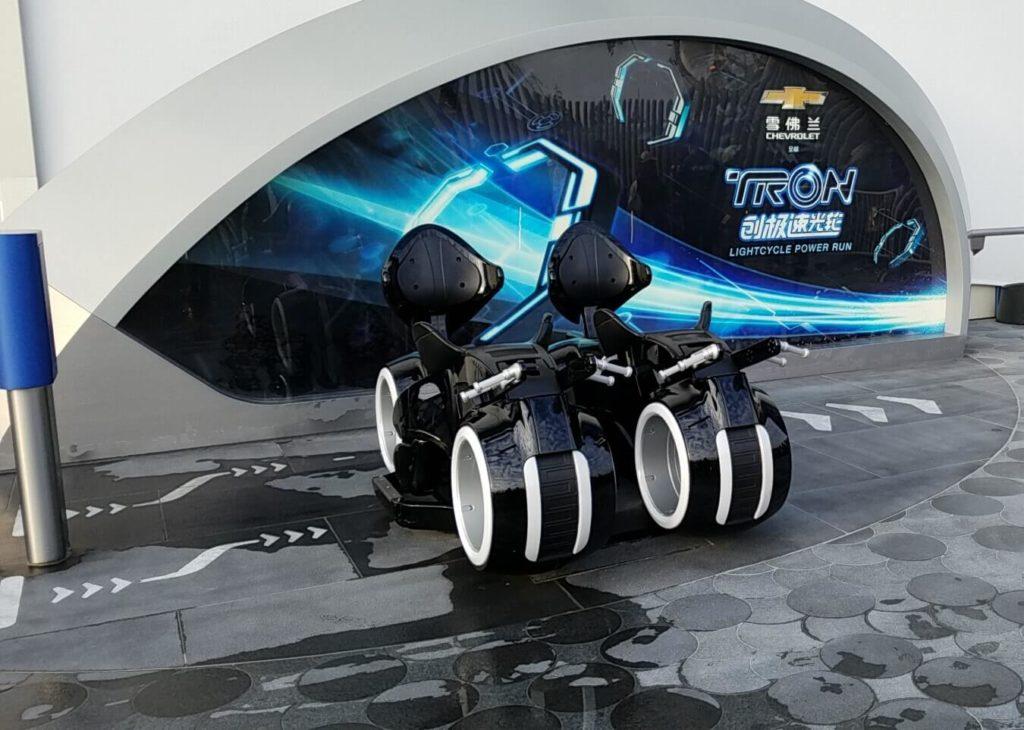 上海ディズニーのアトラクション「トロン」は怖い?酔う?