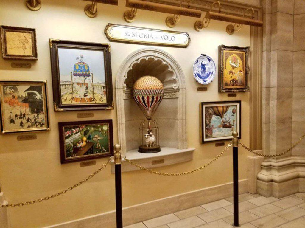 ソアリン:ファンタスティック・フライトの世界観とバックグランドストーリー・展示物、絵画