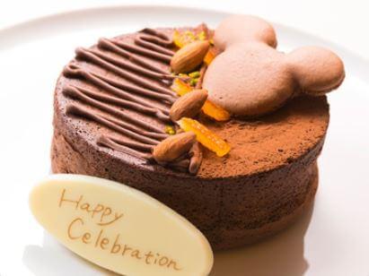 ディズニーランドホテルで記念日をお祝いするプラン チョコレートケーキ