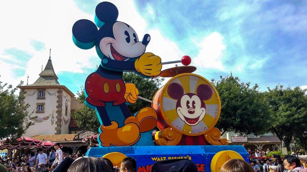 まとめ:ディズニーの誕生日シールは特典がたくさん!当日以外でも貰えます!!
