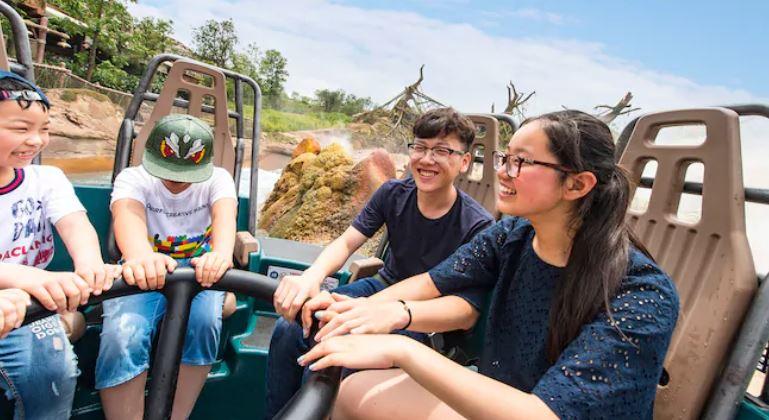 上海ディズニーランド怖いアトラクションランキングTOP5!ロアリングラピッド