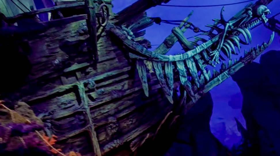 上海ディズニーのカリブの海賊に乗るならパイレーツオブカリビアンを見てから乗るべし!!
