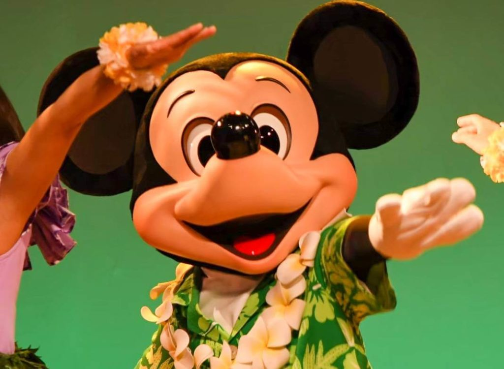 ディズニーがコロナに与えられた影響【リロのルアウ&ファンが休園期間中に終了】