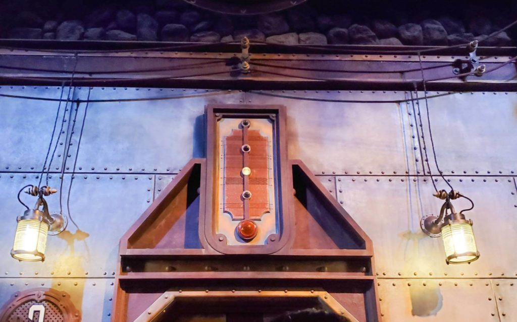 """センター・オブ・ジ・アース豆知識!エレベータの仕組みを紹介!エレベータ""""テラヴェータ""""は下がっていない?その仕組みは"""