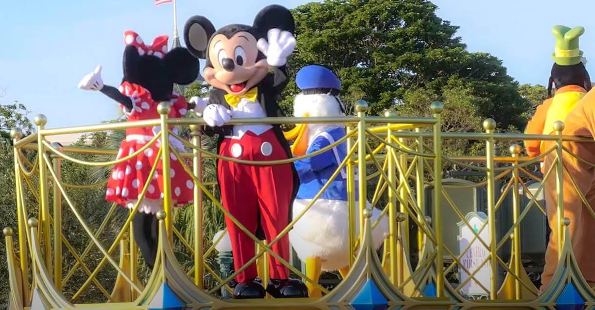 【TDL】夜のパレード・花火も再開!ショー・パレードの開催時間や場所まとめ【9月】
