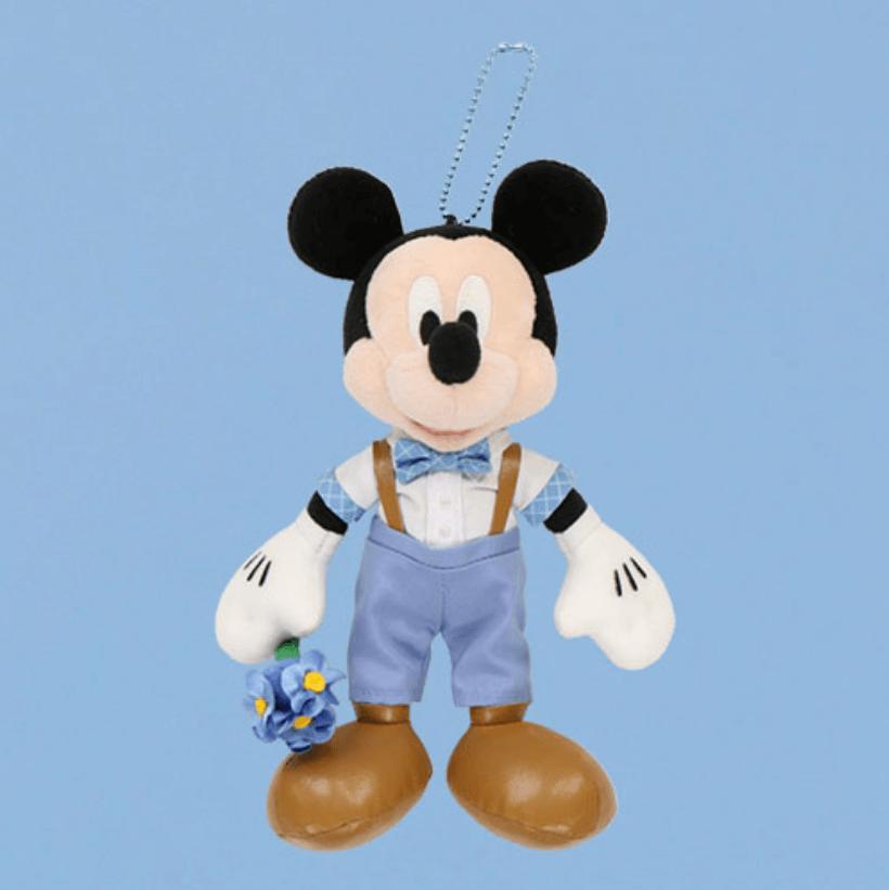 しあわせのブルーグッズ『Disney Blue Ever After』シリーズのグッズ一覧 ぬいぐるみバッジ ミッキー