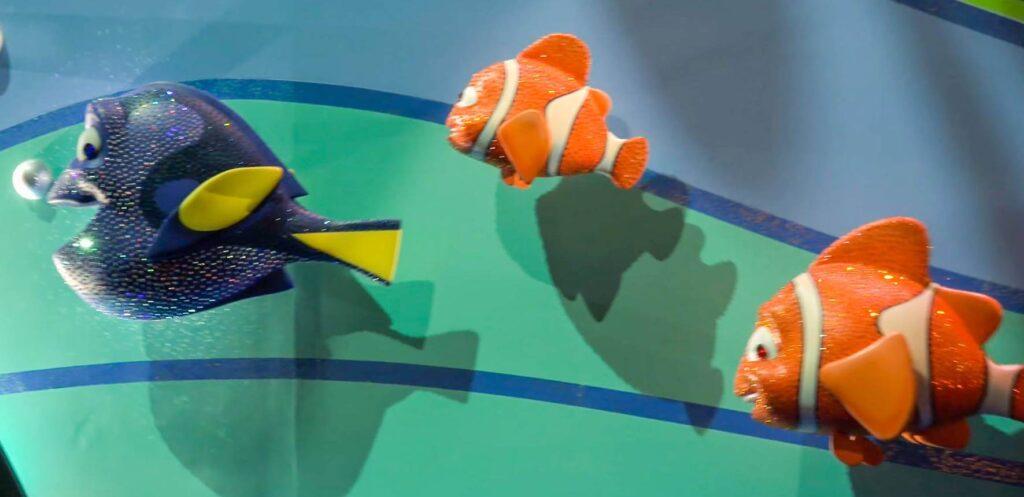 イッツ・ア・スモールワールドに登場するディズニー・ピクサーキャラクター一覧!ファインディングニモ