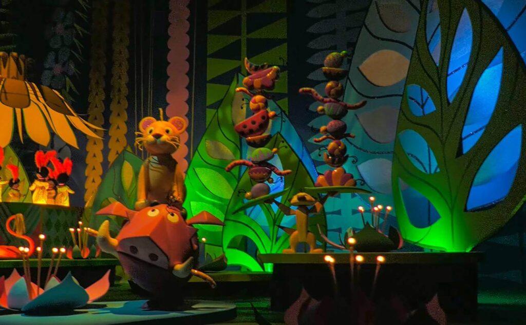 イッツ・ア・スモールワールドに登場するディズニー・ピクサーキャラクター一覧!ライオンキング